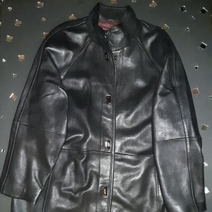 Genuine leather walking coat
